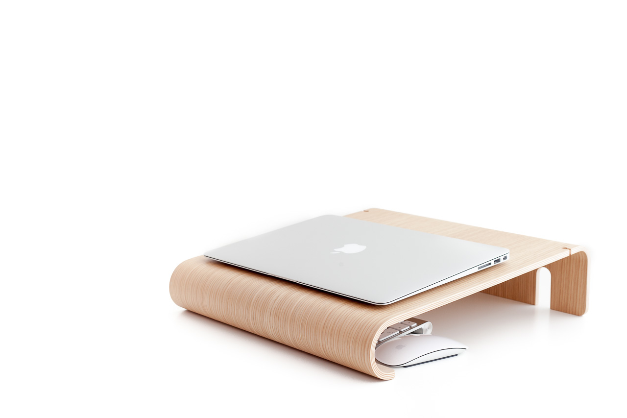 Product: MacBook Wall Desk - Nordic Appeal